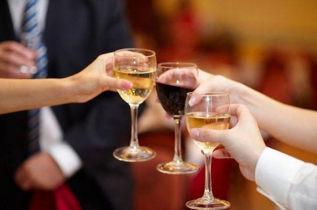 За что выпить в сентябре? Праздники и поводы