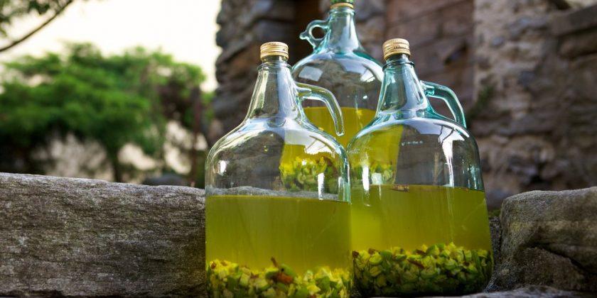 Рецепт наливки из крыжовника, винно-спиртовая, домашняя