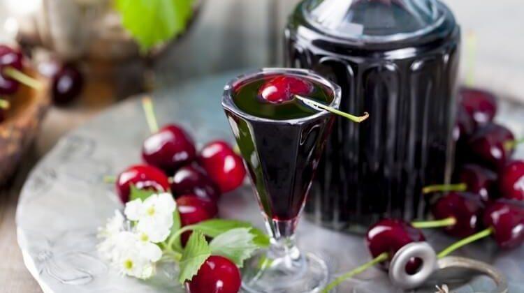 Рецепт вишневой наливки своими руками