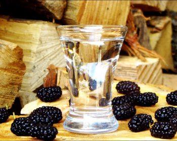 Наливка из шелковицы или тутовка, рецепт сбраживанием