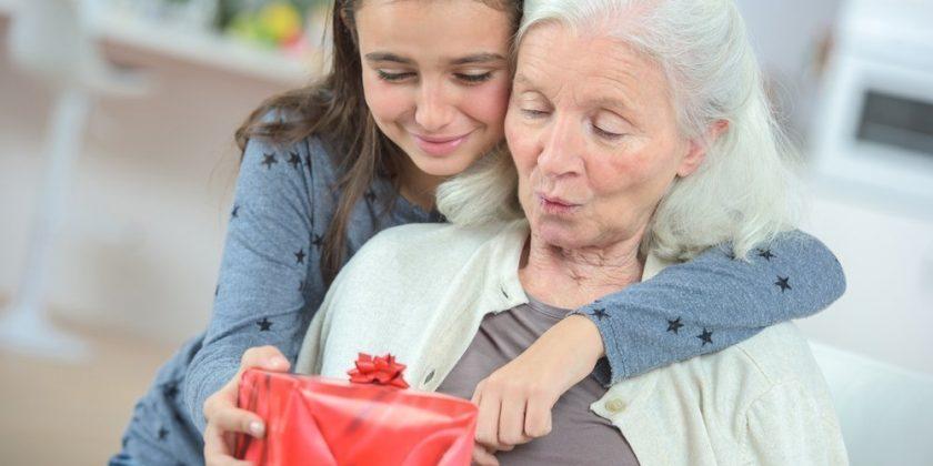Поздравление с днем рождения для бабушки в стихах