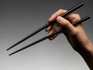 Как пользоваться китайскими палочками