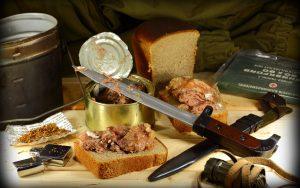 Десерт к 23 февраля – печенье в форме штык-ножа