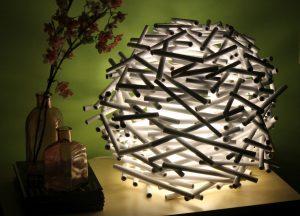 Светильник из бумажных трубочек