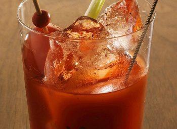 Кровавая Мэри — рецепт коктейля