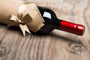 В подарок вино или какой алкоголь подарить