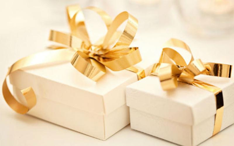 Оригинальный подарок на свадьбу — что лучше подарить?